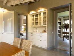 rustieke & brocante Keuken door DEULONDER arquitectura domestica