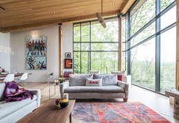 Projekty,  Salon zaprojektowane przez BLDG Workshop Inc.