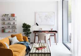 Office spaces & stores  تنفيذ Black and Milk | Interior Design | London
