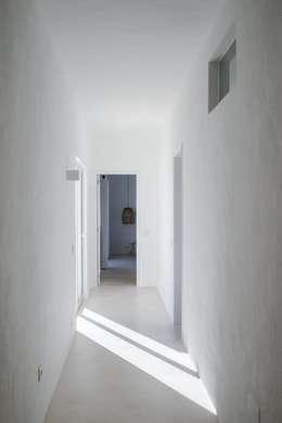 Corridor & hallway by studioarte