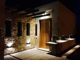 noche: Casas de estilo moderno por modulo cinco arquitectura