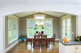 Shaker Heights: colonial Dining room by New Leaf Home Design