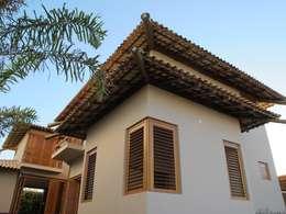 Casas de estilo rústico por Cia de Arquitetura