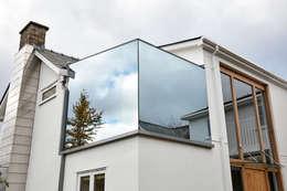 moderne Badkamer door Trombe Ltd