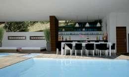 RESIDENCIA SELEKTO STUDIO Y HOME: Albercas de estilo moderno por TREVINO.CHABRAND | Architectural Studio
