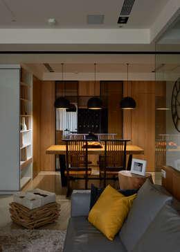 modern Dining room by DYD INTERIOR大漾帝國際室內裝修有限公司