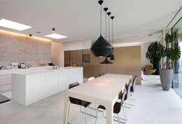 modern Dining room by destilat Design Studio GmbH
