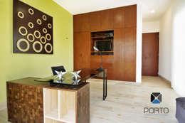 """""""PROYECTO LDZ26"""": Estudios y oficinas de estilo ecléctico por PORTO Arquitectura + Diseño de Interiores"""