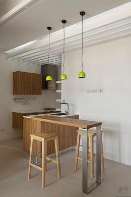 禾光室內裝修設計 ─ Her Guang Designが手掛けたキッチン