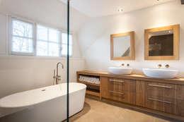 modern Bathroom by Bob Romijnders Architectuur & Interieur