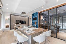 modern Kitchen by Arrumos - dedicated woodworking & carpentry