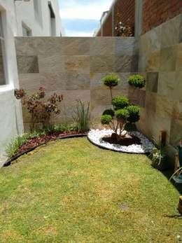 42 ideas fant sticas tener un jard n peque o y lleno de - Pequenos jardines con encanto ...