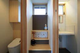 図書コーナー: ㈱ライフ建築設計事務所が手掛けた和室です。