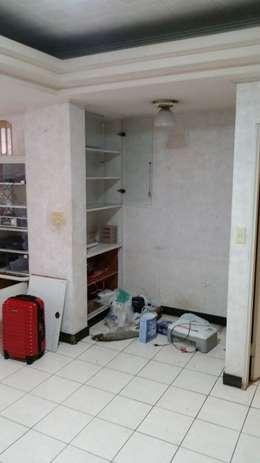 裝修前的辦公區:  書房/辦公室 by Green Leaf Interior青葉室內設計