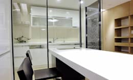 Projekty,  Kuchnia zaprojektowane przez AIRS 艾兒斯國際室內裝修有限公司
