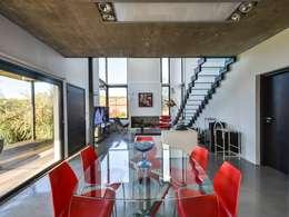Comedores de estilo minimalista por Development Architectural group