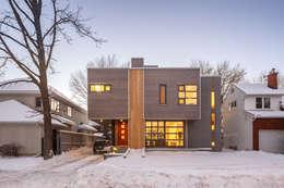 Maisons de style de style Moderne par Linebox Studio