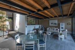 Sala comedor: Comedores de estilo moderno por arquitecturalternativa