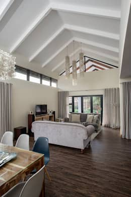 Bedforview Alterations: modern Living room by FRANCOIS MARAIS ARCHITECTS