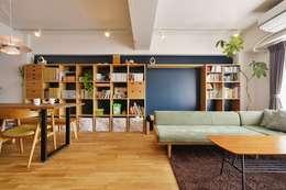 MUJIの家具で最初から計画する 子どもを見守る間取りと自然素材の家: 株式会社スタイル工房が手掛けたです。