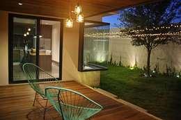 Terraços  por Narda Davila arquitectura
