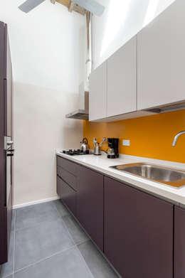 : Cucina in stile in stile Moderno di Architetto Francesco Franchini