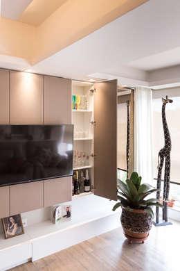 minimalistic Living room by Kali Arquitetura