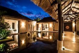 Fotografía de arquitectura - Villa Siriyana, Punta Mita, Nayarit: Casas de estilo topical por Arcencielstudio