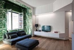 Livings de estilo escandinavo por Tommaso Giunchi Architect