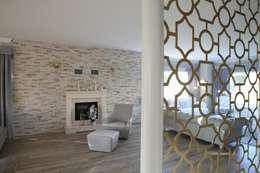 Aykuthall Architectural Interiors – OHY Evi Sunflower Sitesi:  tarz Koridor ve Hol