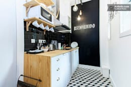 classic Kitchen by NATURAL FLOOR Suelo hidráulico