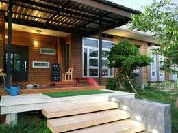 modern Houses by D-Built รับออกแบบสร้างบ้าน