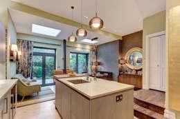 modern Kitchen by Chameleon Designs Interiors