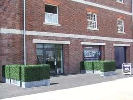 landelijk Balkon, veranda & terras door Sunwing Industrial Co., Ltd.