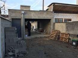 moderne Garage & Schuppen von Eric Rechsteiner