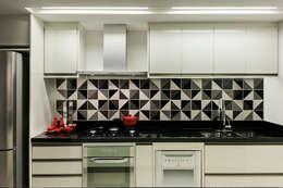 modern Kitchen by Carpaneda & Nasr
