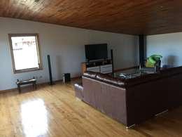 Estudios y oficinas de estilo moderno por GerSS Arquitectos
