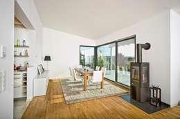 modern Living room by HunoldHaus