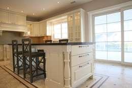 مطبخ تنفيذ Aykuthall Architectural Interiors