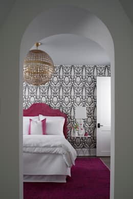 Kamar Tidur by Christopher Architecture & Interiors