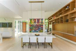 Rockcliffe Park: modern Dining room by Flynn Architect