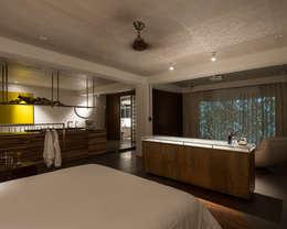 modern Bedroom by 鄭士傑室內設計