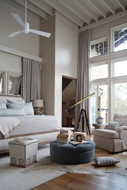 Lakefront Retreat: rustic Bedroom by Christopher Architecture & Interiors