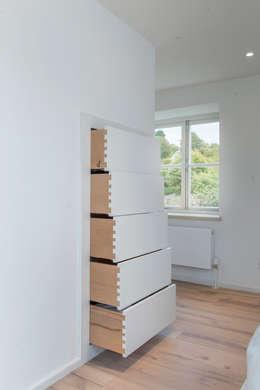 Projekty,  Kuchnia zaprojektowane przez Auspicious Furniture