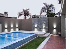 DESPUÉS DEL PROYECTO:  de estilo  por D'Odorico Arquitectura & Obras