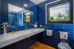 浴室 by Moretti MORE