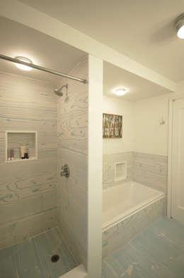 Washington Avenue Brownstone: modern Bathroom by SA-DA Architecture