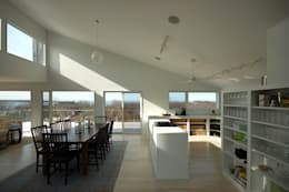 Montauk House: modern Dining room by SA-DA Architecture