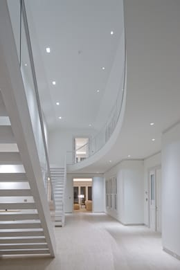 Dune House: modern Corridor, hallway & stairs by SA-DA Architecture