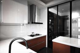 مطبخ تنفيذ 璞碩室內裝修設計工程有限公司